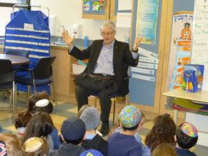 Marc Garneau speaks with Akiva Grade 2 class